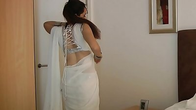 Indian College Girl Jasmine Mathur In White Indian Saree